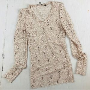 BKE Light Pink Long Sleeve Lace Shirt With Sequins